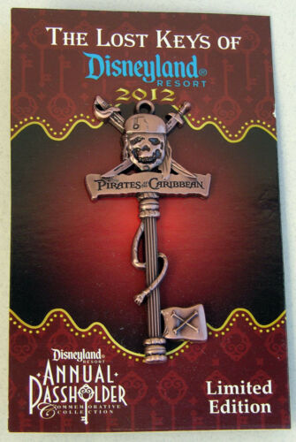 Pirates of the Caribbean The Lost Keys of Disneyland 2012 Annual Pass holder Pin