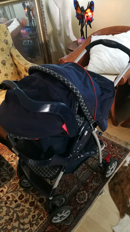Graco pram and carseat! Excellent condition