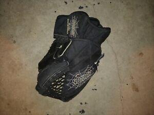 Hockey-Goalie-Glove-Catcher-CG2000-Spider-Canada-Sr-Med-Size-Black