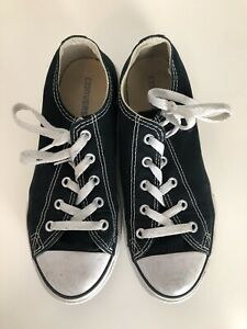 Boys / Girls Converse Size 3 Low top