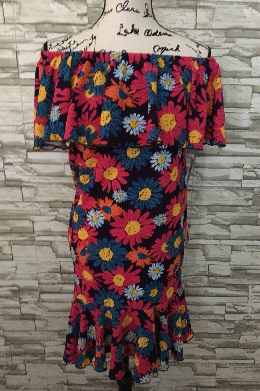 Lularoe Cici Dress NWT New Vibrant Flower Beautiful Print Small S Major Unicorn