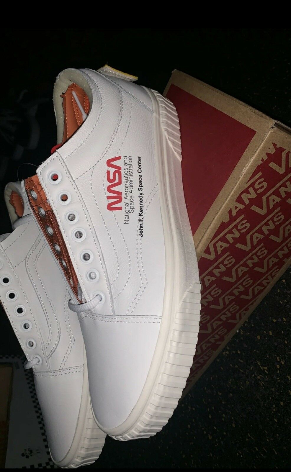 2e38368f36 NASA X VANS Old Skool Space Voyager True White Size 10 for sale ...