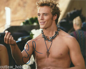 Sam-Claflin-Autographed-Signed-8x10-Photo-COA