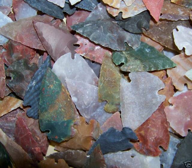 """2 HAND KNAPPED STONE AGATE ARROWHEAD FOR CRAFTS  1 1/2 to 2"""" SIZE"""