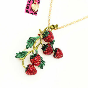 Betsey-Johnson-Enamel-Strawberry-Fruit-Pendant-Sweater-Chain-Necklace-Sweet-Gift
