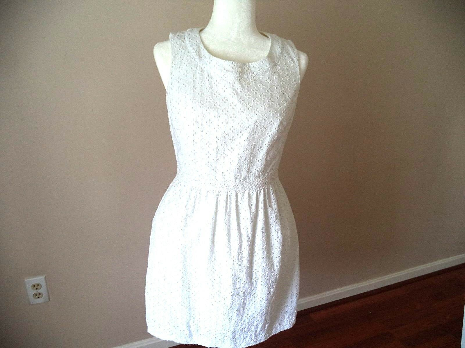 VINEYARD VINES White Eyelet Dress Size 6
