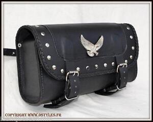 Alforja-para-horquilla-tipo-rulo-maleta-de-piel-Aguila-clavos-moto-custom-trike