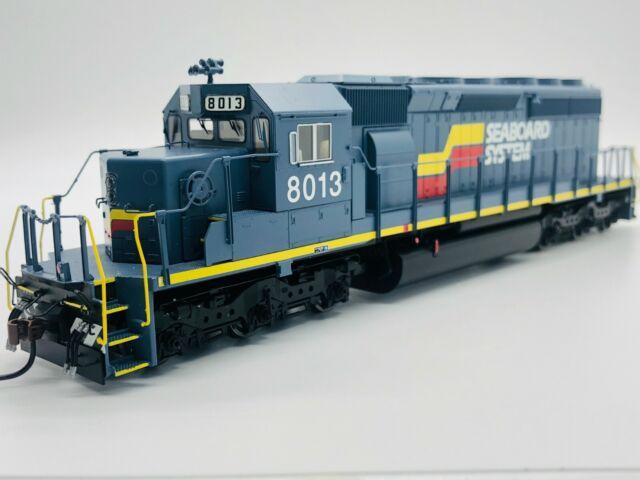 HTM¨ - SD40-2 DCC BLACK 60917 Bachmann HO Scale CSX¨ #8905