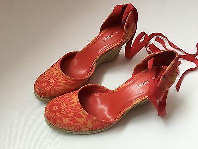 Nine West Cuña Zapatos. Talla 38