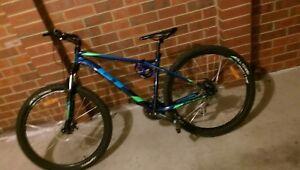 mountain-bike-gt-agressor-wheels-27-5-inch-disc-brakes-down-hill-mountain-bike
