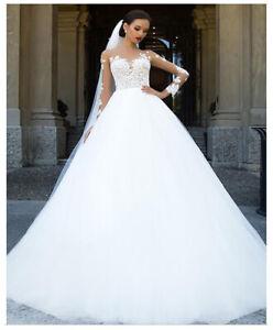 LUXUS-A-Linie-Brautkleid-Hochzeitskleid-Kleid-Braut-Babycat-collection-BC805