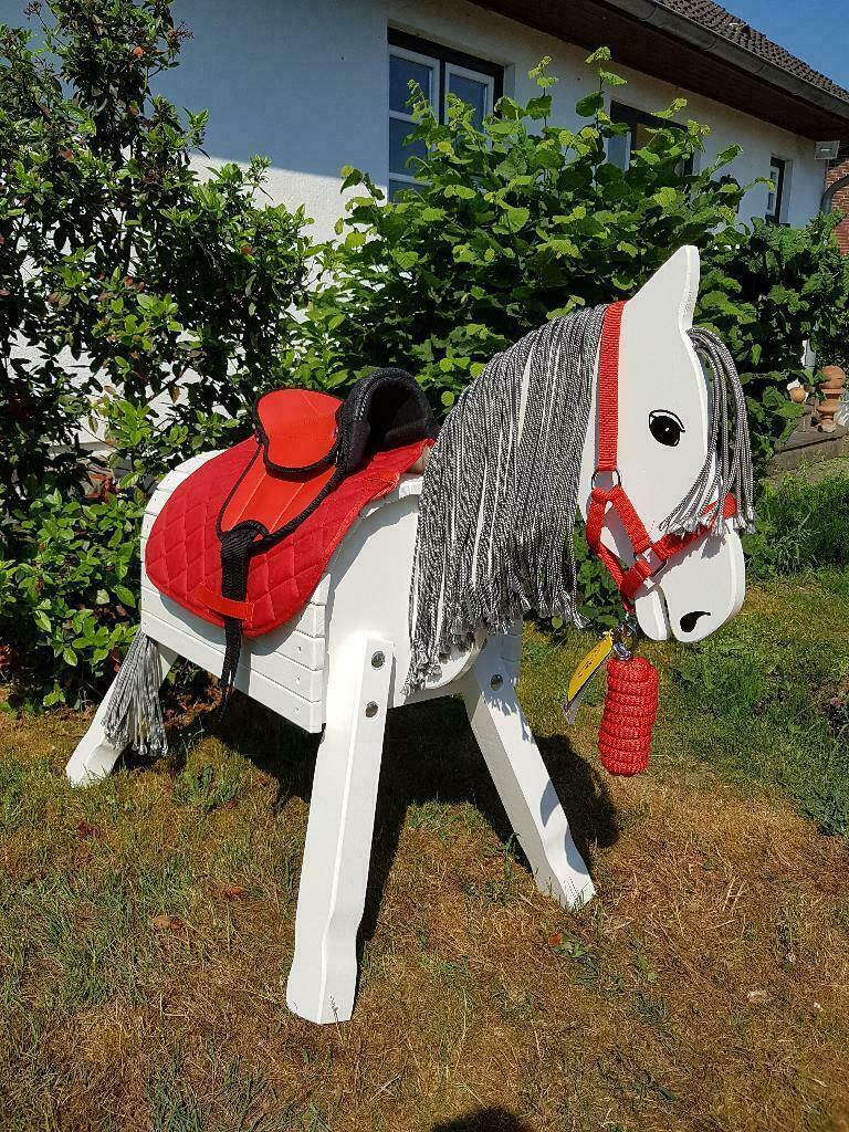 Holzpferd, Holzpony, weiß, 80cm Stockm. inkl. Zubehör  NEU