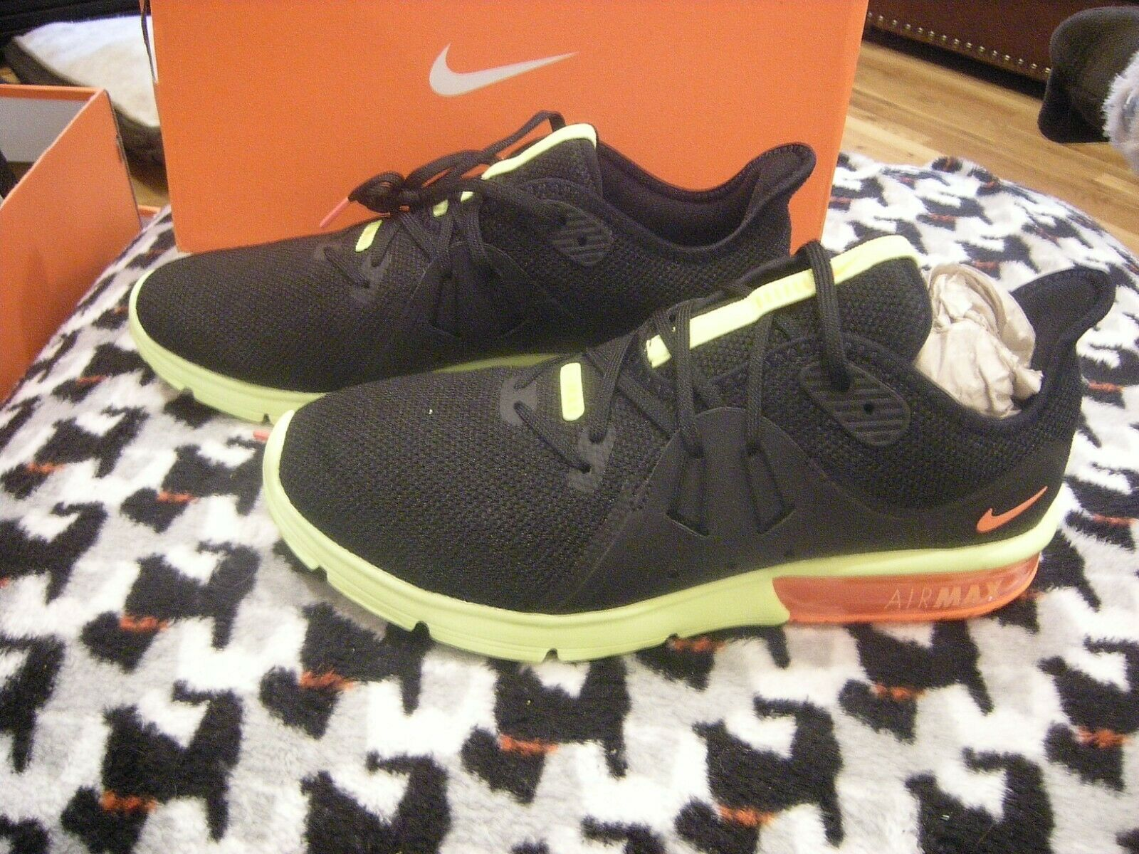 New Mens Black, orange & Yellow Nike Air Max Sequent 3 Tennis shoes Size 8.5