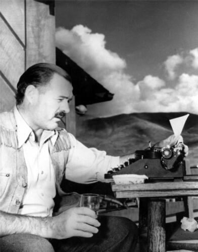 ERNEST HEMINGWAY GLOSSY POSTER PICTURE PHOTO book writer author literature 1040