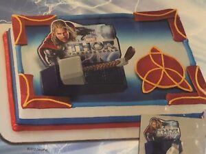 Detalles Acerca De Deco PAC Marvel Thor El Mundo Oscuro Martillo Cake Topper Decoracion Kit Nuevo Mostrar Titulo Original
