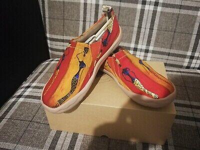83.damen Schuhe 42 Neu Mit Karton. Bunt Malerei Und Bequem