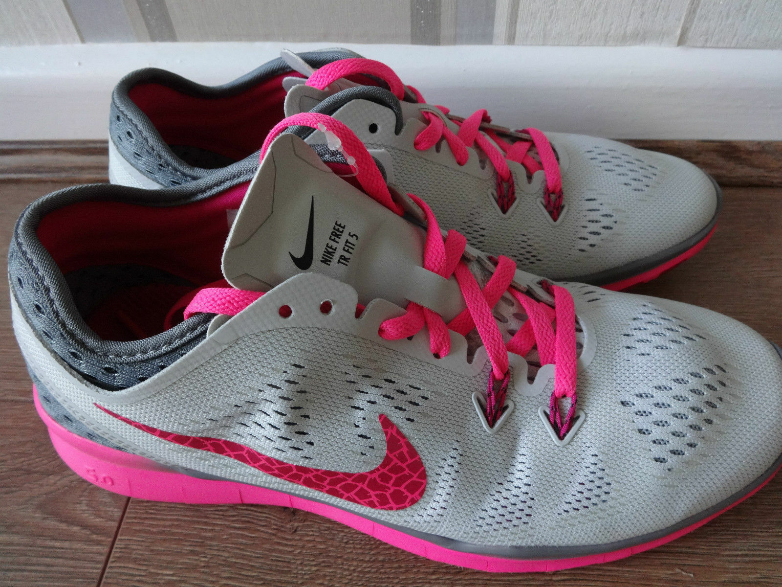 NEU Nike free 5.0 TR 40 breathe Damen Lauf-Schuhe Grau Pink 718932 Gr. 40 TR NP:119,-€ 075a52