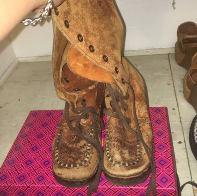 Women's Leather Boot Size 6