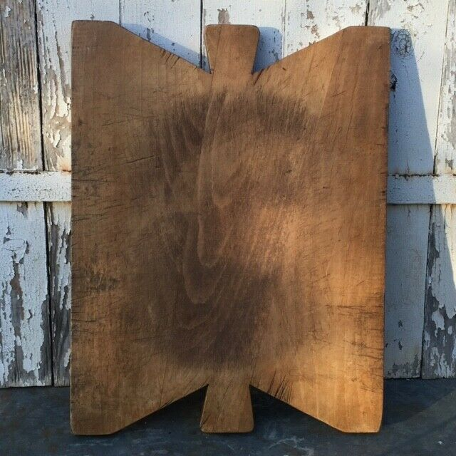 RARE  Antique french primitive pays Chunky Planche à découper Papillon-Shapped