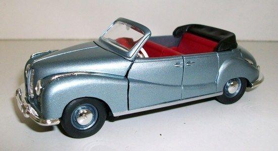 SCHUCO 1 43 43 43 - 81037 BMW 501 CABRIO - azul b96385