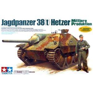 Tamiya-35285-German-Tank-Destroyer-Jagdpanzer-38-t-Hetzer-Mid-Production-1-35