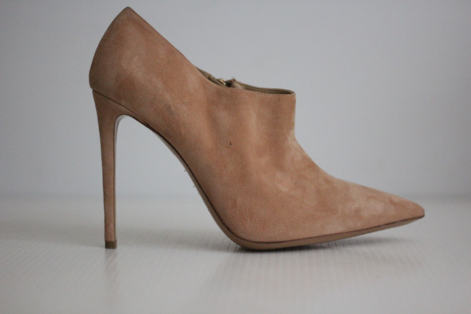 NEW Bruno Magli Alma Suede Ankle Boot Boot Boot - Nude Suede - Size 11.5 US   41.5  (X74) 09bd96