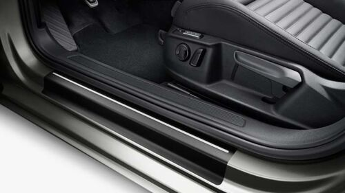Schutz Original Volkswagen Schutzfolie für Einstiegsleiste 3G0 071 310  BXF