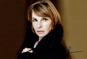 Maria-Bachmann-original-handsigniertes-Grossfoto-signed-Autogramm-in-Person