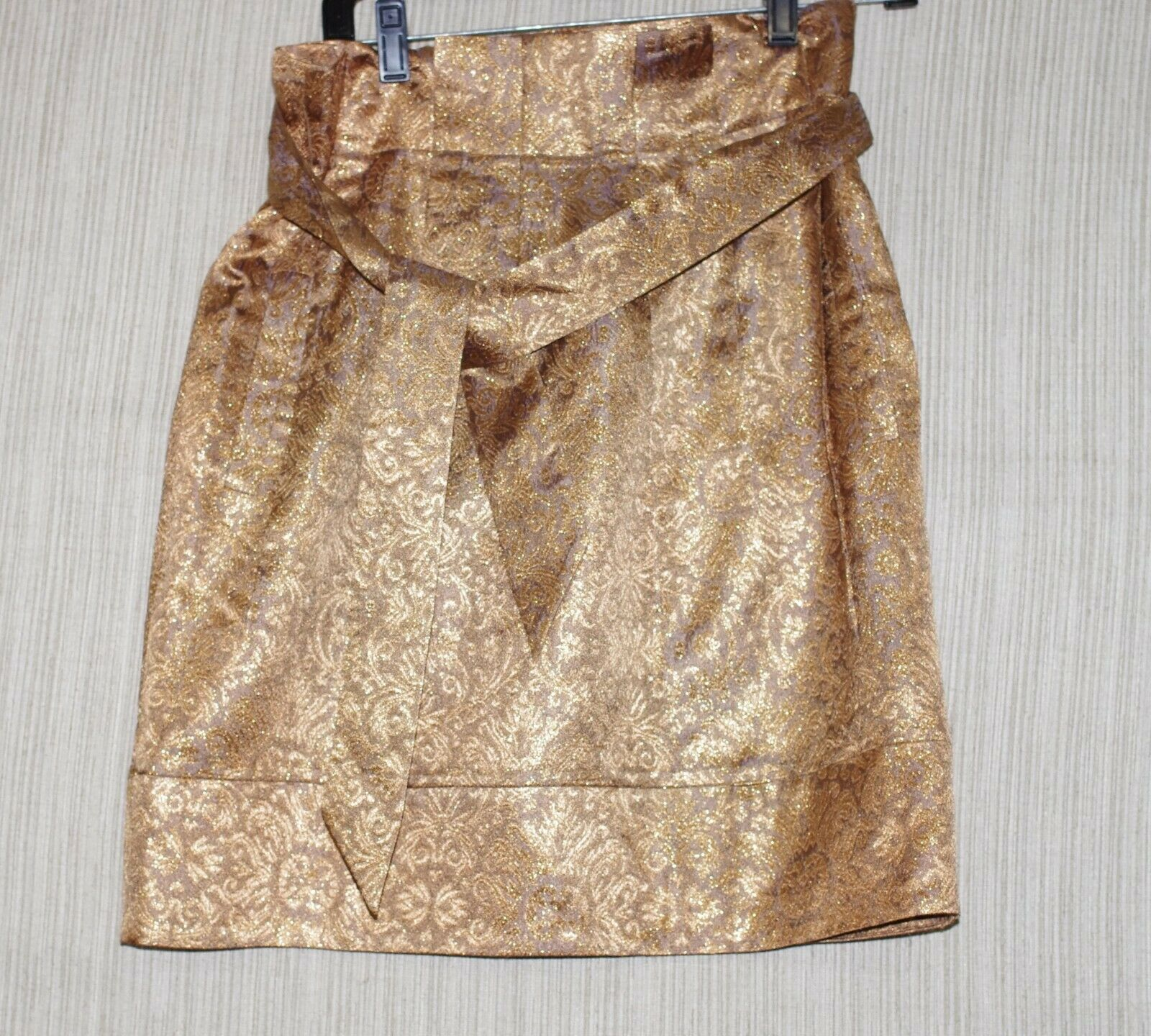 BCBGMAXAZRIA gold Floral Pleated Party Skirt Size  6