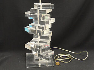 FABULOUS-LARGE-SIGNED-MARLU-MODERN-70s-SPACE-AGE-STACKED-BLOCK-LUCITE-TABLE-LAMP