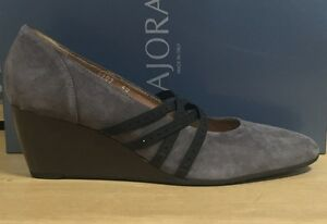 Image is loading Majora-Shoes-Woman-Cleavage-Wedge-Suede-Grey 1233716c624
