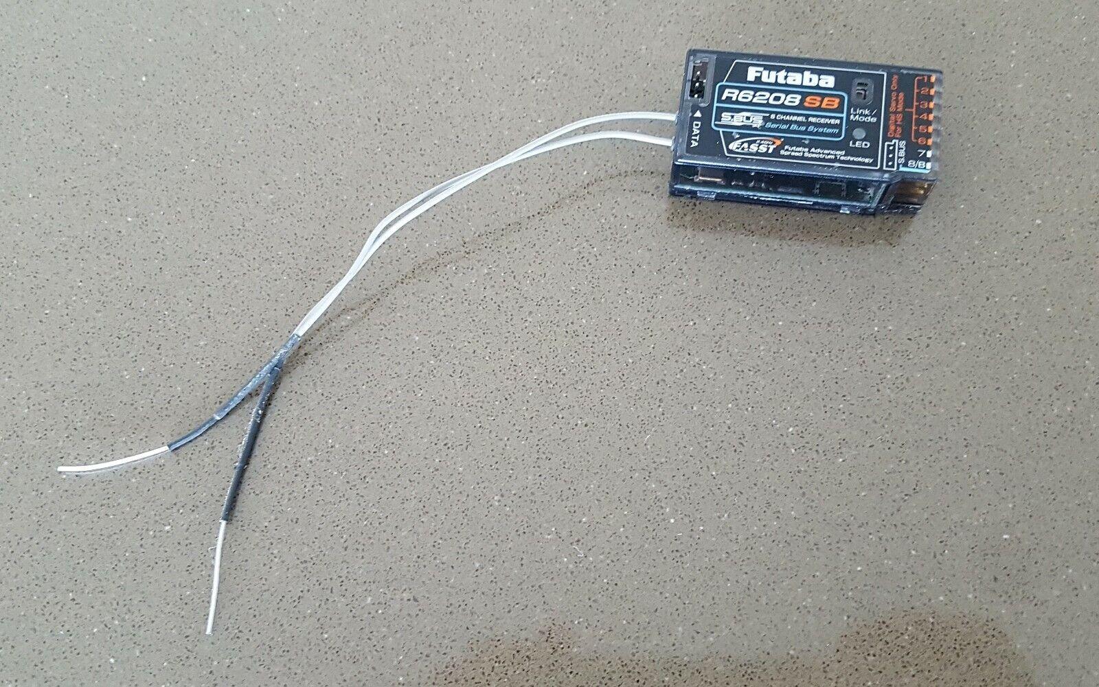 Futaba R6208SB 8-Channel  2.4GHz FASST Receiver  vendita di fama mondiale online