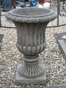 Vase-Pott-Pokal-Urne-Steinguss-Pflanztopf-Gartendeko