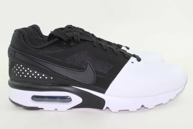 NIKE AIR MAX BW ULTRA ULTRA SE homme Taille 8.0 noir & blanc NEW RARE COMFORTABLE
