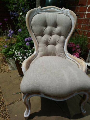 vintage spoonback nursing occaisional accent chair