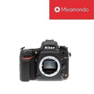 Nikon-Malaysia-Nikon-D750-Body-Tempered-Glass-Backpack-16GB