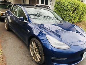 2018 Tesla Model 3 Long Range premium