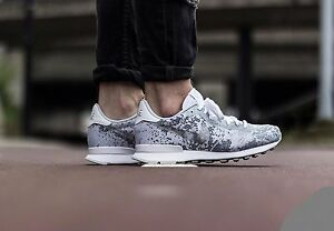 Image is loading NIKE-INTERNATIONALIST-JCRD -QS-White-Metallic-Platinum-839233- 93321a541a73