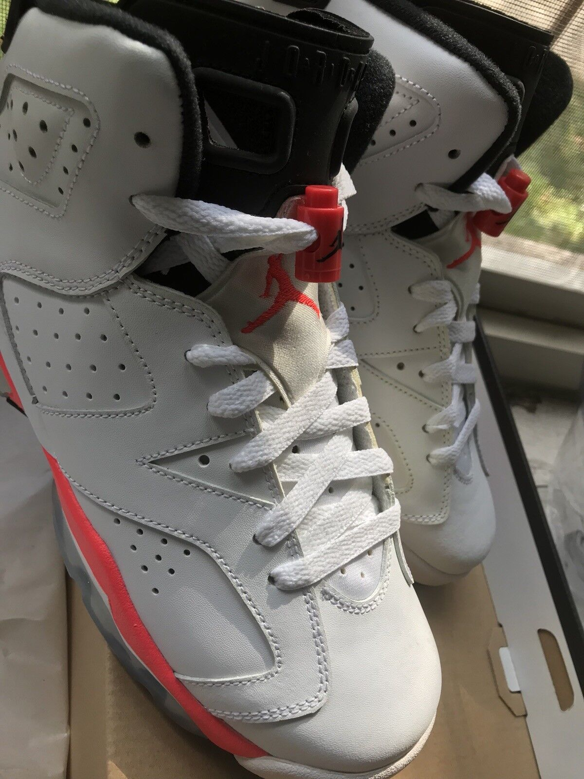 Jordan Retro 6 Infrared White YOUTH 7Y
