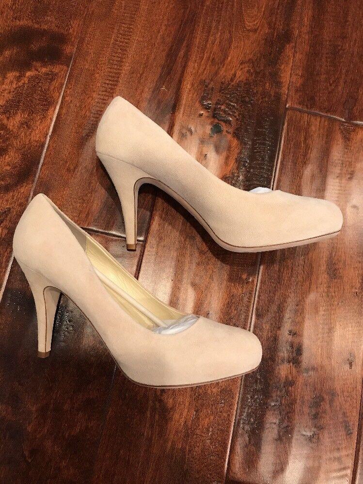 Bettye Muller Beige Suede Leder Heels, Größe 38.5 (EUR), 8.5 (US) NIB