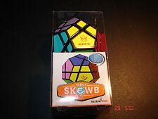 Mini Skewb - Meffert's Brainteaser Puzzle on Keychain - Xmas present