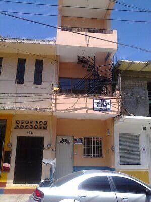 RENTO CUARTO POR DÍA PITILLAL CENTRO A 15 MINS DEL MALECON Y LA PLAYA INTERNET TV