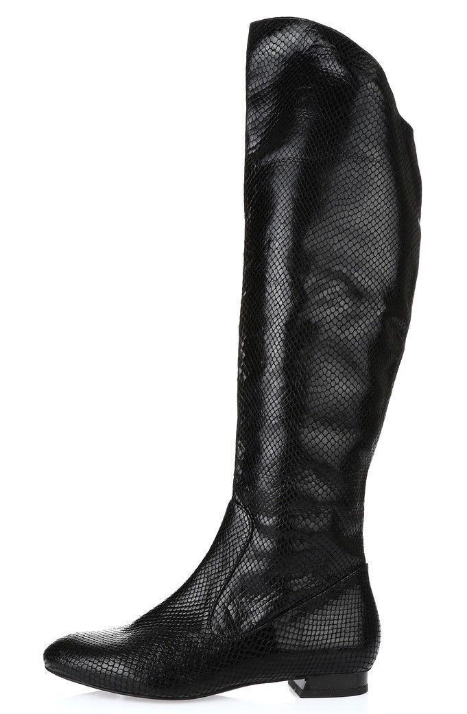 Womens Via Spiga knee high black snakeprint patent leather boots/ shoes SZ 5.5 M