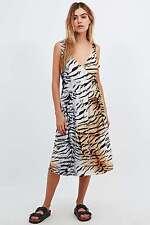 Somedays Lovin 'Molopo Animal Print Wrap Midi Dress-XS-RRP £ 65-NUOVO