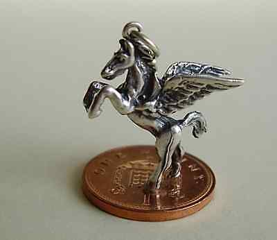 BEAUTIFUL  ' PEGASUS '  SOLID STERLING SILVER 3D  CHARM  CHARMS