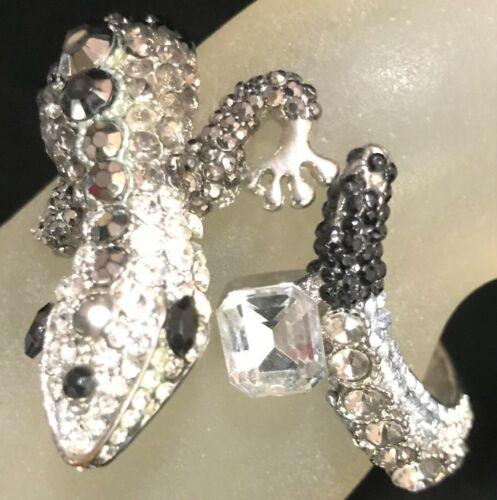 Dual lizard silvertone with black rhinestones cuff bracelet