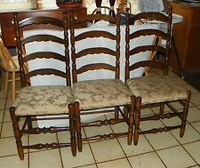 Set of 3 Carved Solid Oak Ladderback Dinette Chairs / Sidechairs  (RP-DC37)