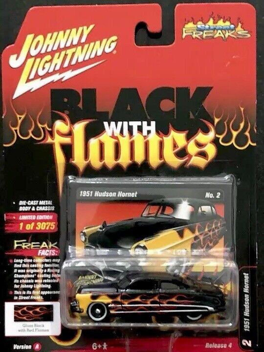 presentando toda la última moda de la calle Johnny Lightning 1951 Hudson Hornet Negro con llamas versión versión versión 4 versión A.  connotación de lujo discreta
