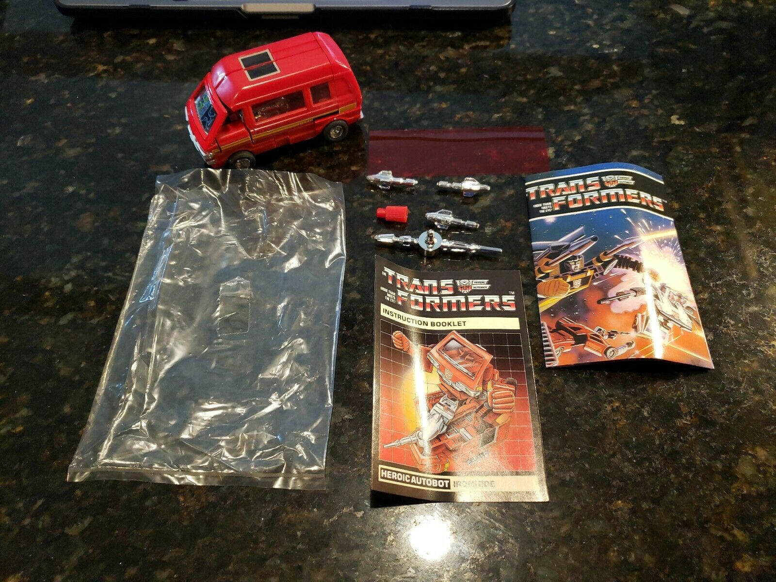 1984  Transformers IRONHIDE completare With Instructions TAKARA Co. NICE  ordina adesso