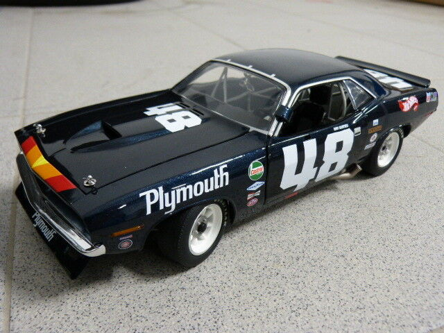 1970 Plymouth TRANS AM BARRACUDA  48 DAN GURNEY CUDA ACME MODELLO AUTO 1:18
